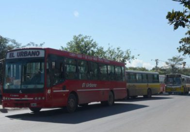 Continúa el paro de colectivos en Jujuy