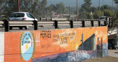 Pintan mural homenaje a la tripulación del ARA San Juan