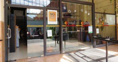 Peligra la atención en farmacias a PAMI por una deuda millonaria