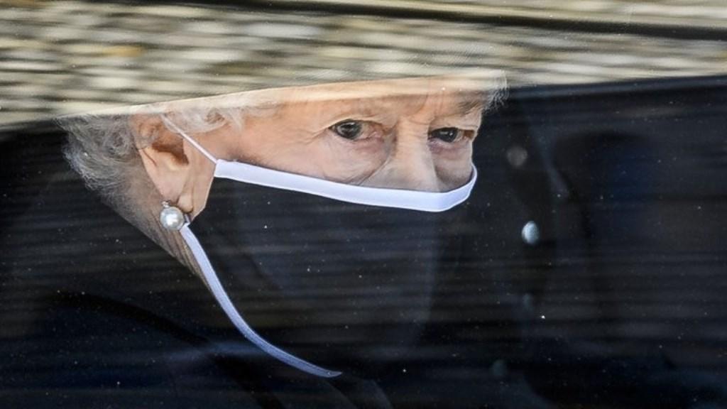 El último adiós al príncipe Felipe: el dolor que la reina Isabel II no pudo disimular